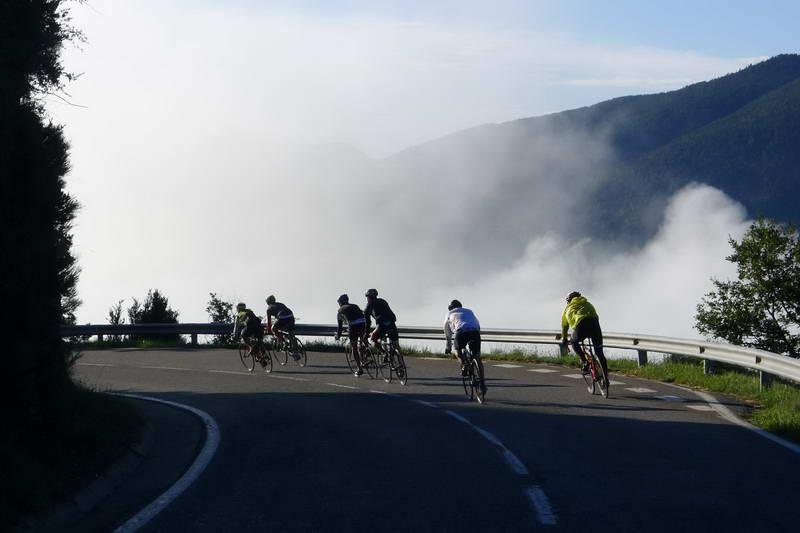 tours-rutas-a-medida-pirineos-cerdanya-a-mida-cerdanya-excursions-btt-bici-rutes