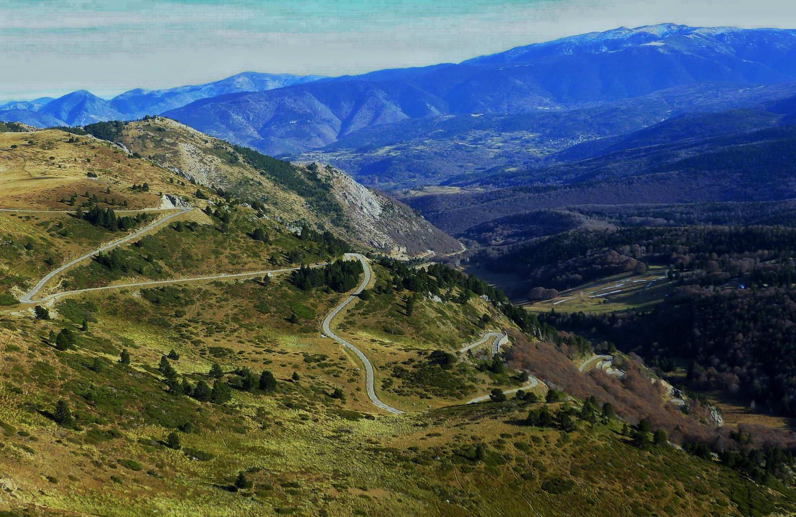 Tracks Cerdanya ROAD ruta por etapas viaje en bici carretera bicicleta Pirineos mejores puertos tour france
