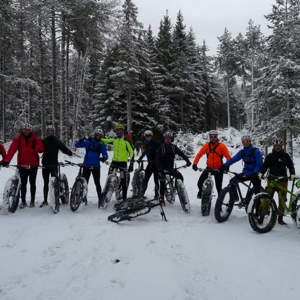 alquiler-fatbike-fat-bike-ruta-excursion-pirineo-cerdana-bici-nieve-02