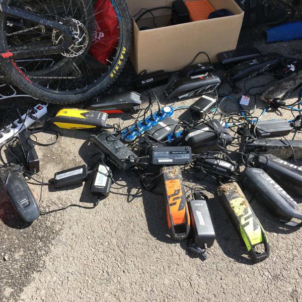 rutas-btt-mtb-electricas-cerdanya-e-mtb-alquiler-bici-emtb-e-bike-guiada-pirineo-ebike-enduro-allmountain
