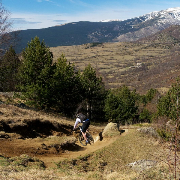 DESCENSOS LIBRES ALLMOUNTAIN